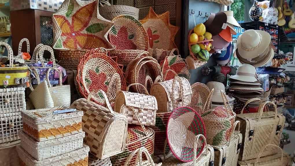 Mercados de Fortaleza  onde fazer as melhores compras  - De Saias ... f35f68336e9